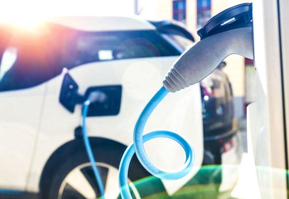 Servizi di car sharing elettrico