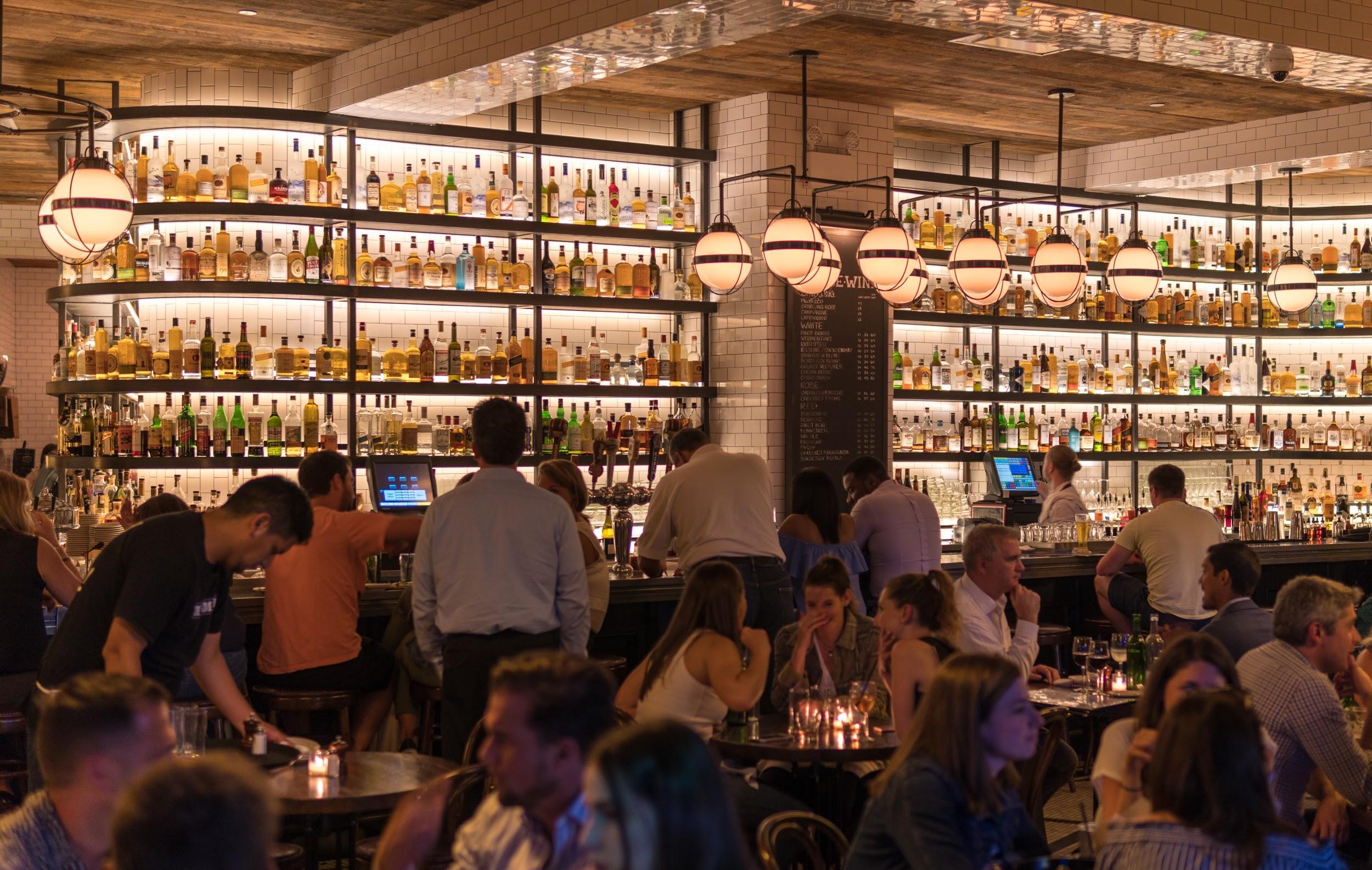 Illuminazione e consumo energetico dei ristoranti
